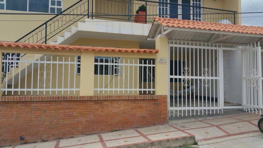 Hermosa casa en La Mesa, Cundinamarca - Arbeláez - Dom