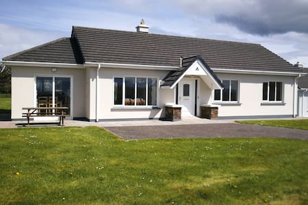 Superb holiday home Ballyheigue-Wild Atlantic Way