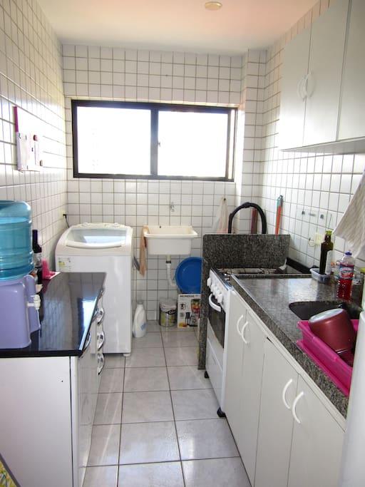 Kitchen (at your disposal) Cozinha (à sua disposição)