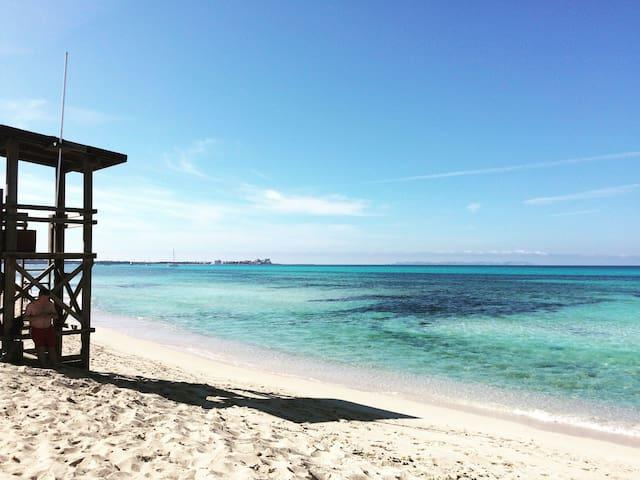 Casa de campo a un paso del mar - Ses Covetes - Дом