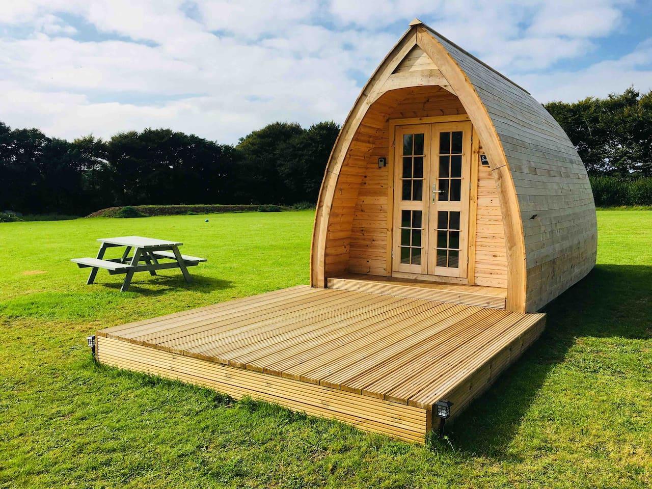 Sweet Pea Glamping cabin/pod