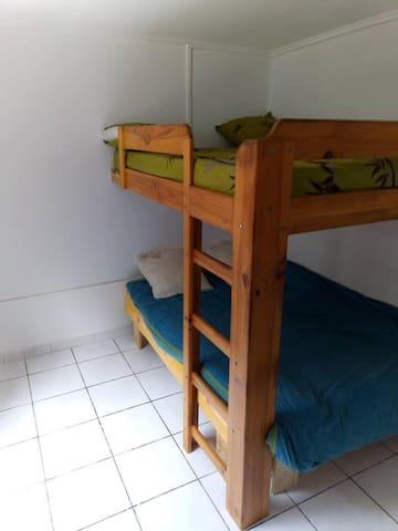 1 chambre de 4 personnes