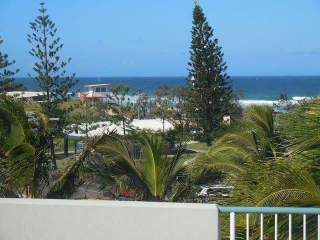 Absolute Beachfront Sunshine Coast Escape