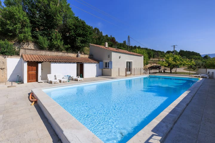Family house in the middle of the Luberon