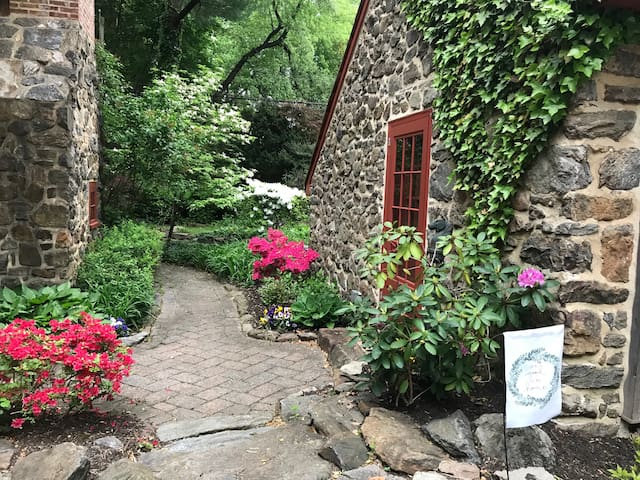 Winding Lane guest house