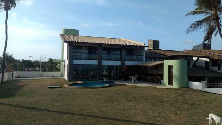 Excelente Casa à beira- mar em Vilas do Atlântico