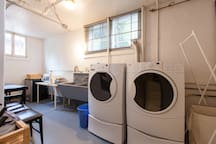 Shared washer / dryer