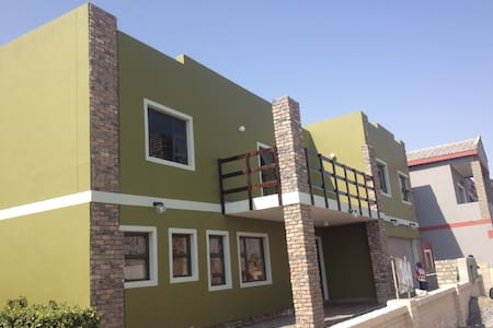 Jessma B&B ,with big spacious rooms - Walvis Bay