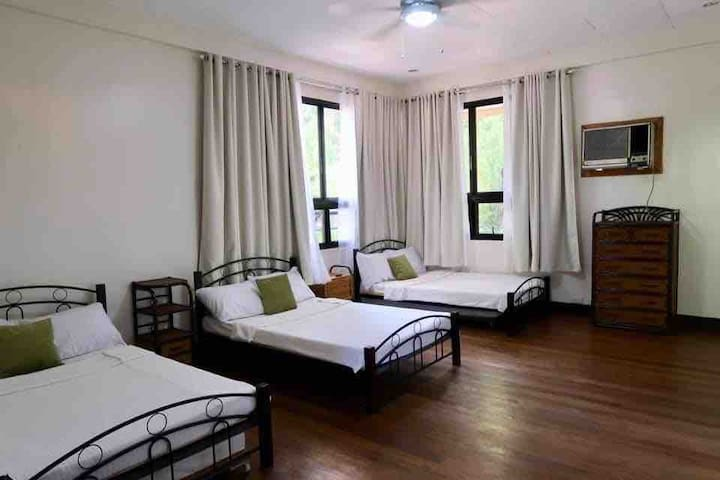Balay 8 Suites- Bed and Breakfast #1