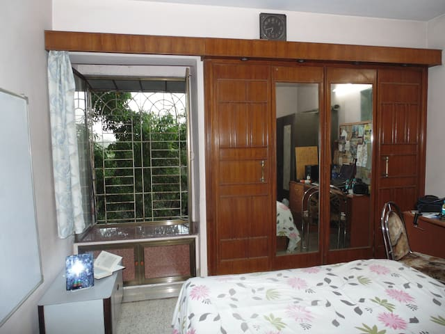 1BHK Apartment in Mumbai-Thane (Private Room) - Thane - Apartmen