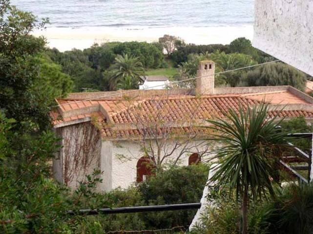 Villa panoramica a 200 metri dal mare