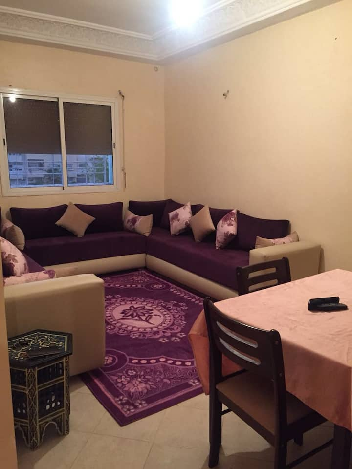 5 beds . Master with balcony view and AC :clima
