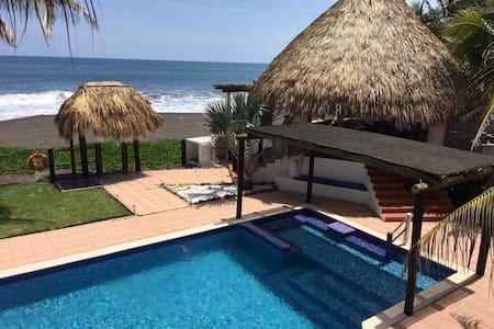 Casa el Paraíso!