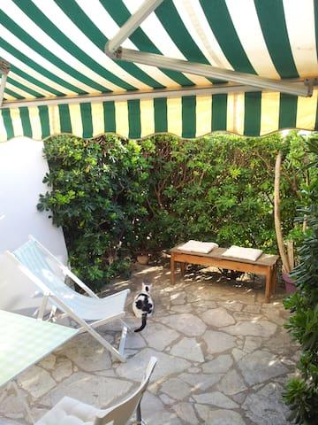 Cosy studio in front of the sea! - Sète