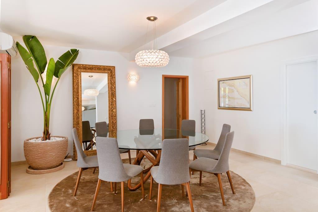 Italian Designer Dining @ Villa Rosemarine