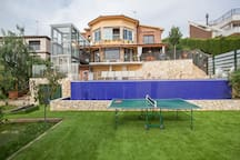 Superb house 20km distance from Barcelona