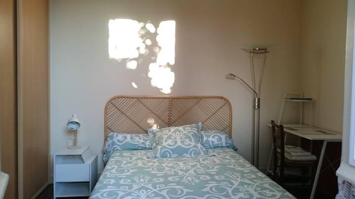 Angoulême  (W) chambre privée pour  1 ou 2 pers.