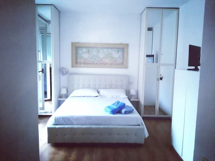 Appartamento  Pesceazzurro chek-out lungo, 3°piano