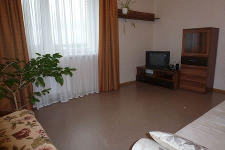 Двухкомнатная квартира, центр Ярославля - Yaroslavl' - Apartment