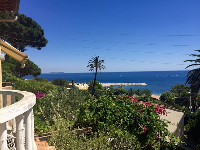 Magnifique appartement sur la mer - Toulon - Huoneisto
