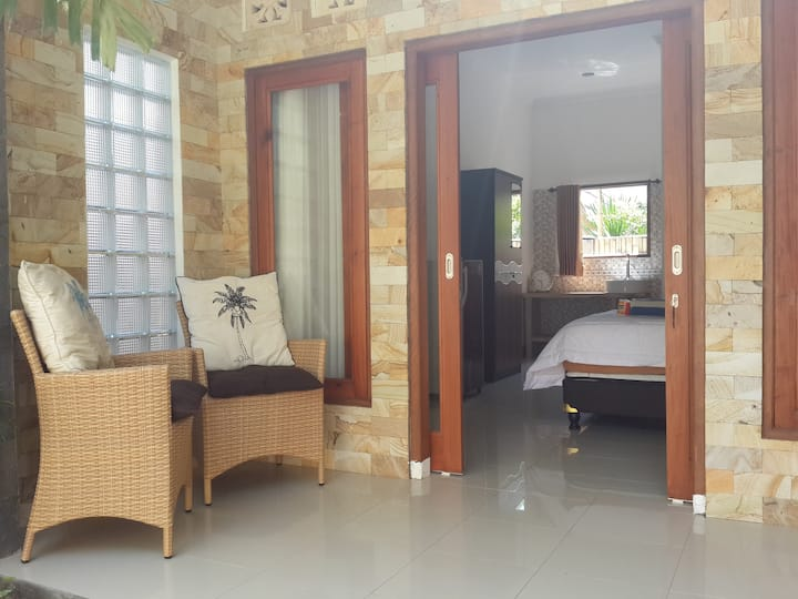 paradiso1 room with AC & hot shower