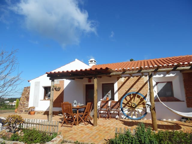 Farm house - SW Alentejo - CASA DO SOBREIRO T2