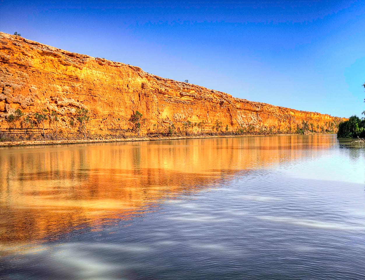 Riverfront property at Big Bend offering majestic views and location