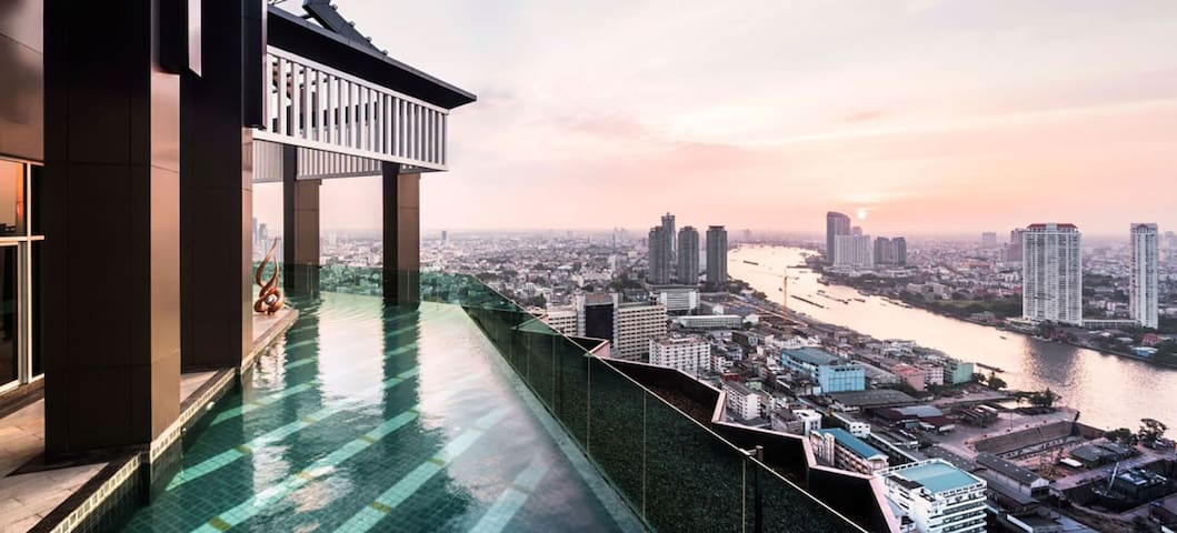 Luxurious Living/ BTS 3 Min Walk/ River View - Bangkok - Condominium