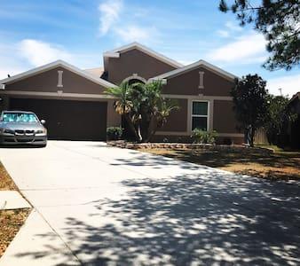 Luxury Family Home Disney | Busch Gardens | Beach
