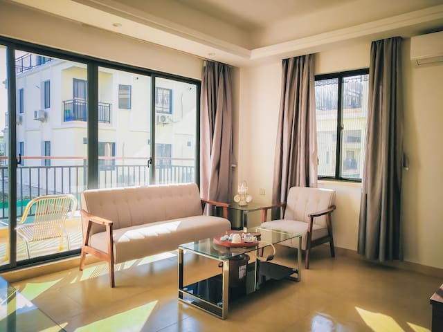 Newly furnished Studio Apartment/万象全新装修酒店式公寓