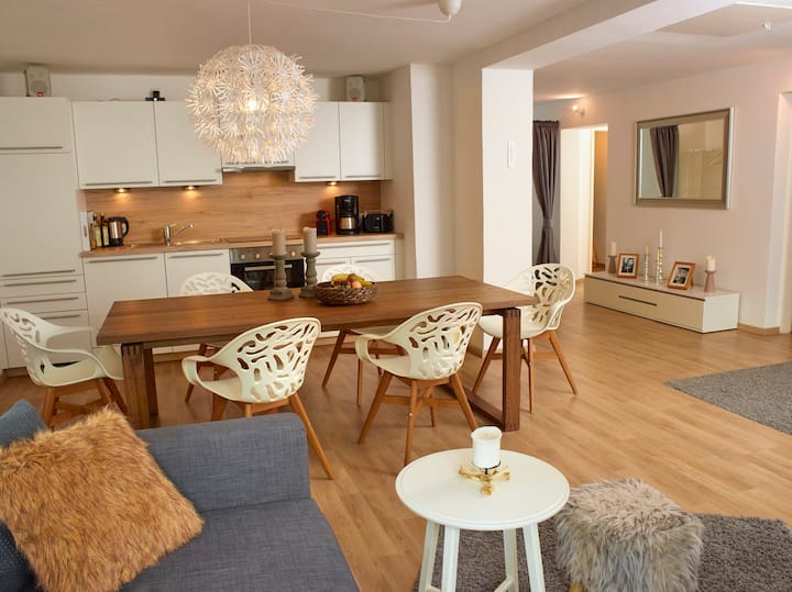 Well-equipped family flat for 6-8 people