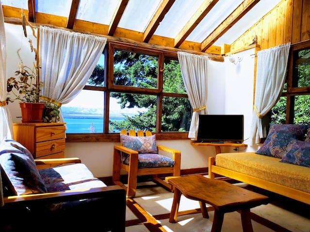 Cabaña Refugio Con Vista Al Lago!
