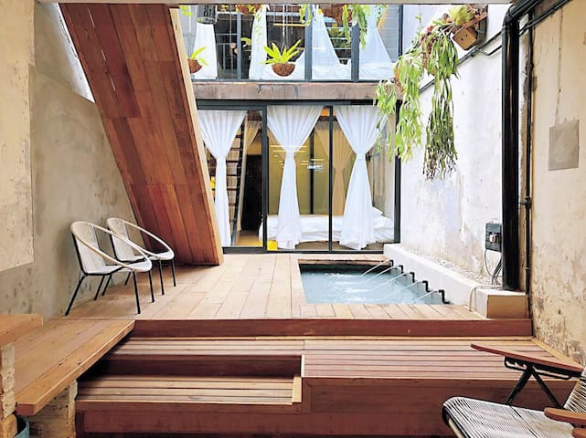 Rimba Jonker With Private Pool - 6 Pax 1 B/R