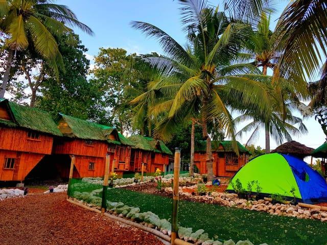 large house @ Nirvana resort private CR/hot shower