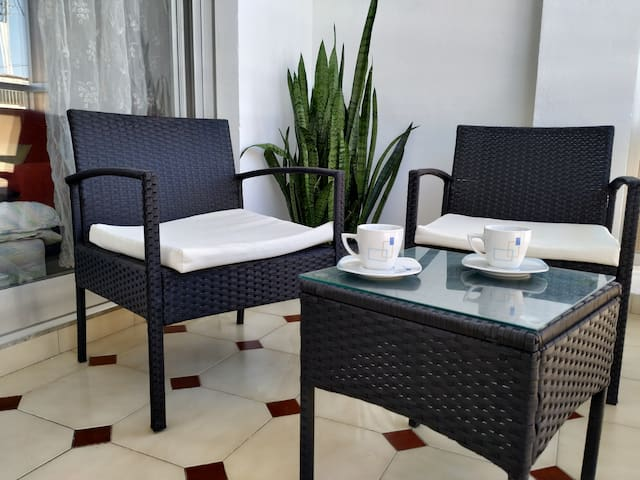 Big renovated apartment 2min walk to Altea Beach !
