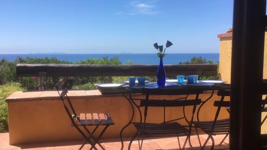 Stupenda casa al Circeo a pochi passi dal mare