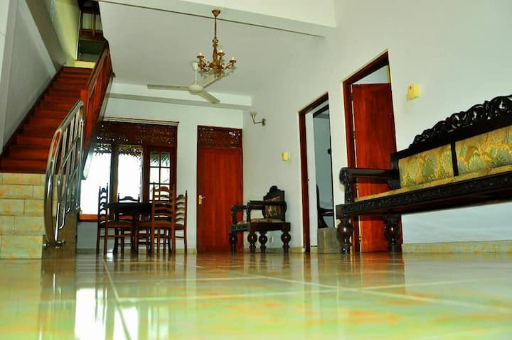 the saffron airport villa