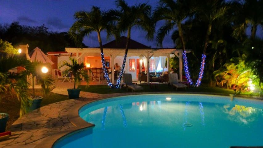 Villa de charme a 300 m de la mer - Saint Francois - Villa