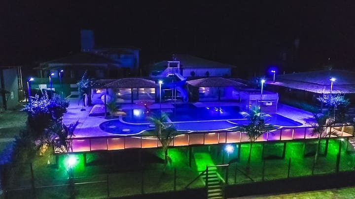 Casa Azul  A Fazenda Eventos e Lazer Lindomar