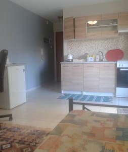 New studio-apartment in city center.WIFI. - Thessaloniki - Huoneisto