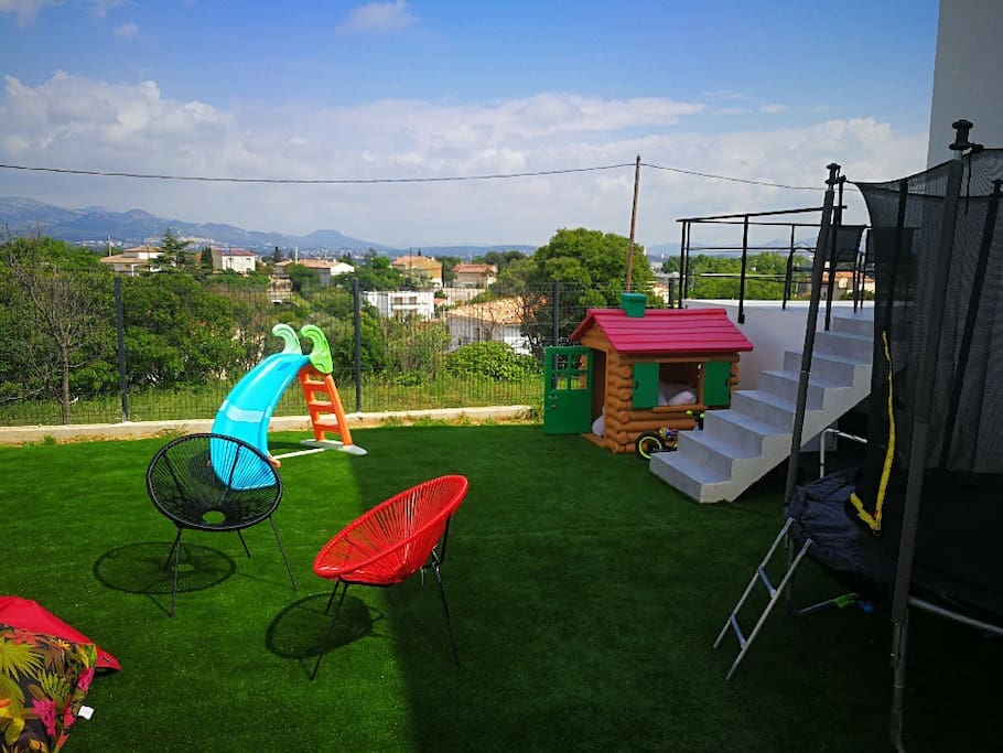 Jardin gazon synthétique