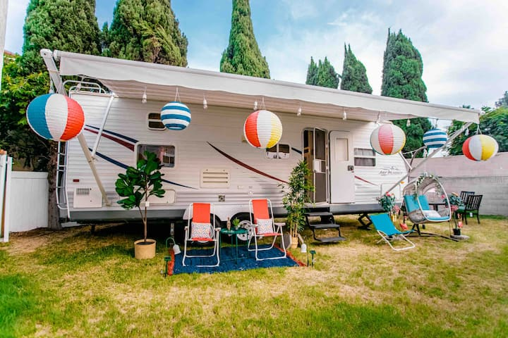 🍭GLAMPING RETREAT🍭BBQ🍭15'to beaches 🍭CuteTinyHome