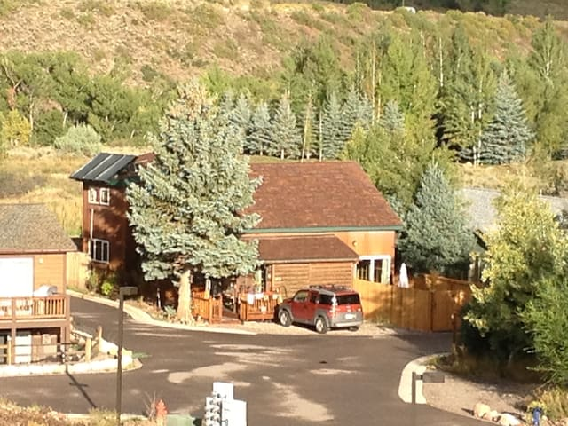 Ute Mountain Bed & Breakfast, Aspen