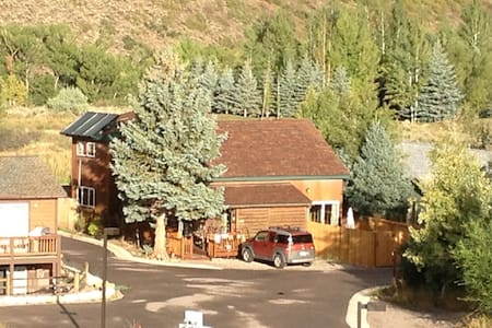 Ute Mountain B&B, Aspen