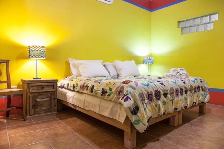 B&B Casa Juarez camera gialla