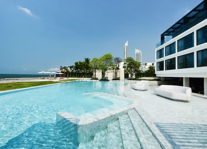 High Floor and Sea Views at Veranda Resort