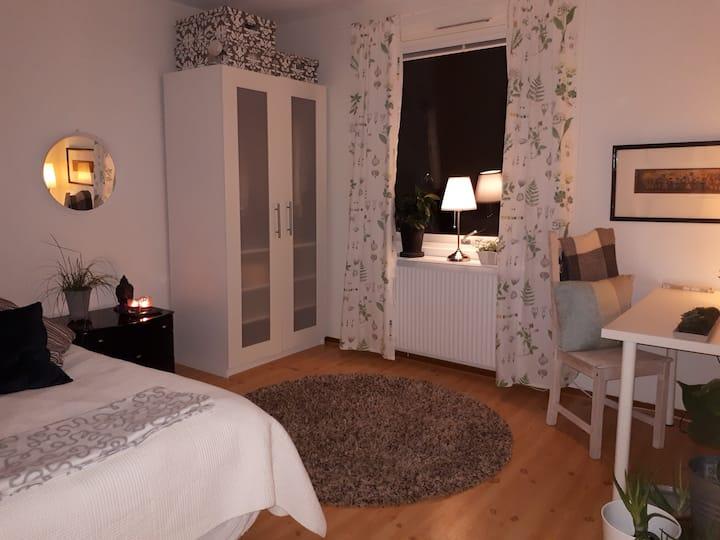 Möblerat rum till uthyrning i Lund.