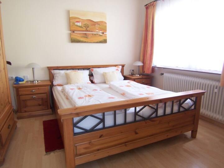 Casa Cristina, (Bad Krozingen), Juniorsuite Nr.3, ca.38 m2, Kochnische, max.2 Personen