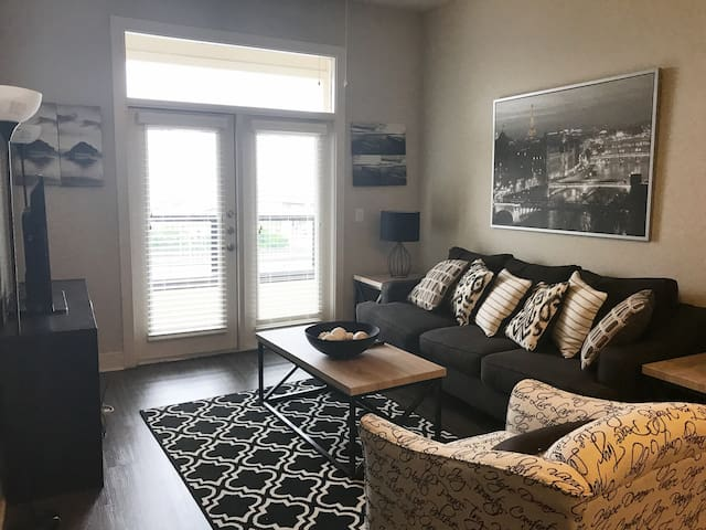 Cozy Downtown Dallas Apartment (walk to AA Center) - Dallas - Leilighet