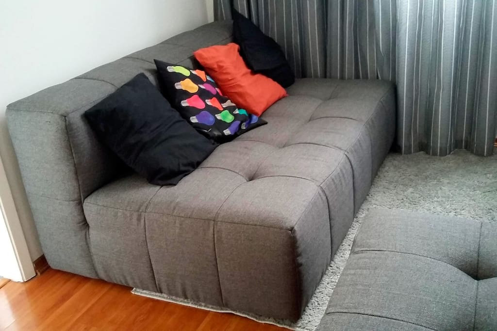 Couch/bed, it's possbile to extend the size